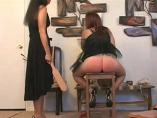 Spanking Girl Red Ass xLx