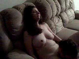 Young Amateur Wify Gets Fucked On The Floor And Sucks Cock To A Facial