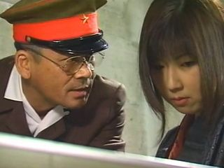 Accused For Conspiracy Against Chinese Army During War Traditional Wife Suffered Humiliation In Female Jail