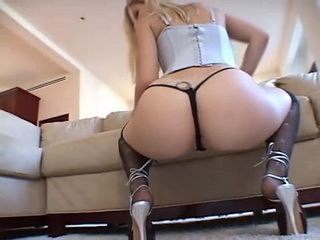 Blonde Whore Enjoys In Anal Satisfaction