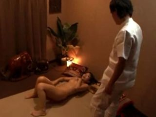 Erotic Babe With Pussy On Fire Ask Masseur To Touch Her On One Special Spot To Help Her Relax