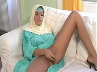Shameless Muslim Slut Yearn For Some Erected Cock