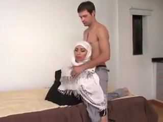 Arab Hottie Has No Shame In Front Of Camera