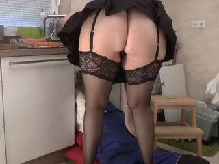 Lucky Handyman Gets All The Pleasure From Big Ass Mature Milf In Sexy Stockings