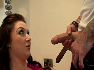 Plump Brunette With Awesome Boobs Gets Nailed Hard By Tattooed Guy