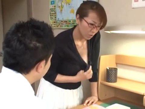 Stepmom Helps Boy Pass Final Exam