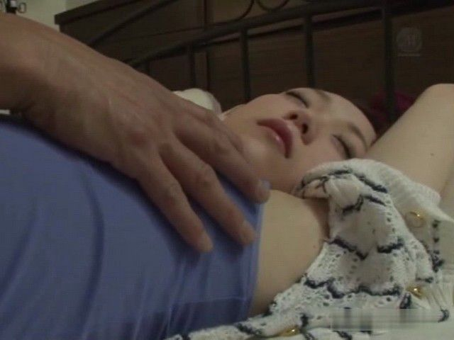 Sleeping Young Wife Mao Sena Has a Horrible Father In Law