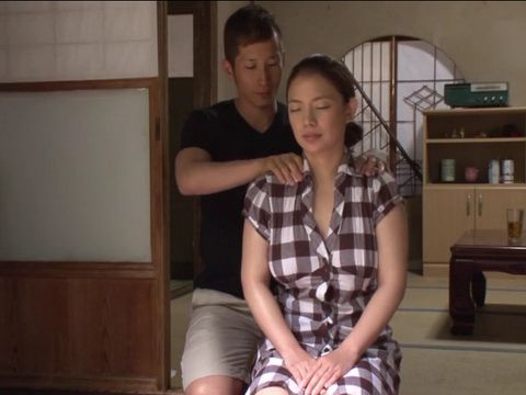 Giving A Relaxing Massage To Busty Milf Uncles Wife Got Unexpected Twist