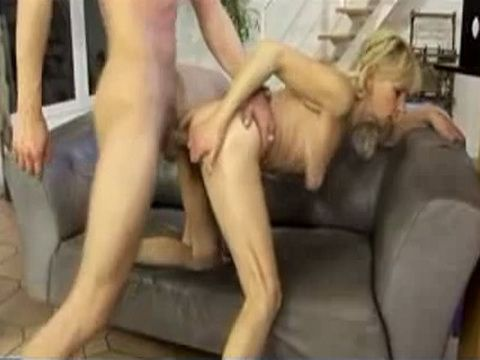 Granny Saggy Tits Fucked xLx