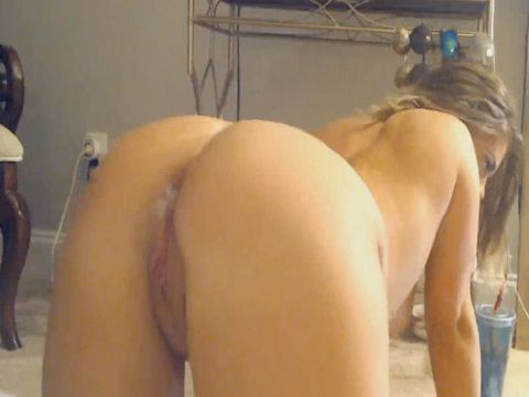 Bubble Butt Love Some Cream Inside Her Pussy