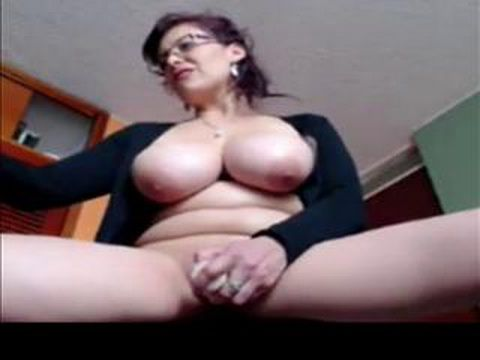 Busty Mature Being Dirty On Webcam