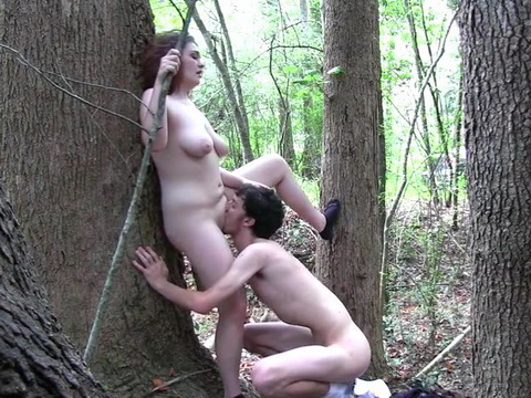 Chubby Girl Nicely Fucked In Woods