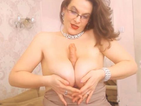 Hottest mature milf