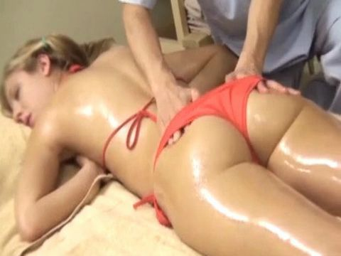 Blonde Teen Get a Happy Ending During her Massage From a Japanese Guy