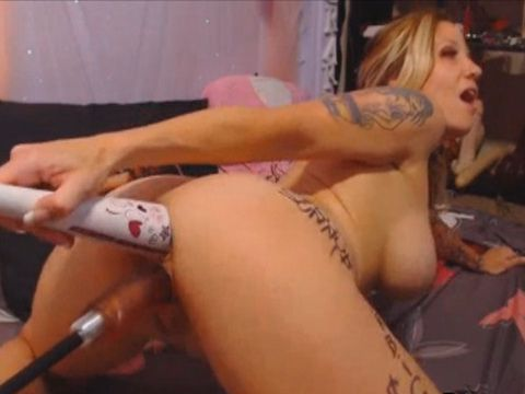 Wild Blonde Extreme Fucks Her Ass and Pussy