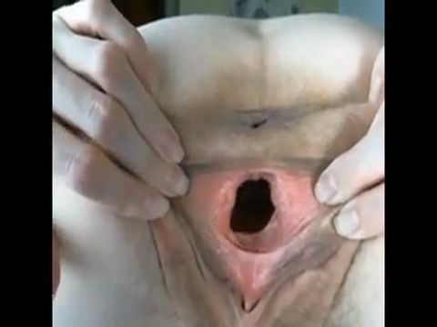 Big pussy hole does not