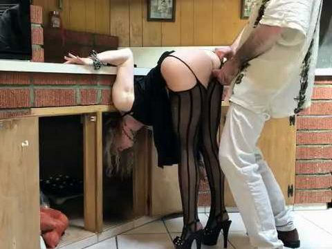 Naughty Milf Gets Fucked by Stranger Hard