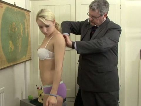Teen Enjoy Spanking by Doctor