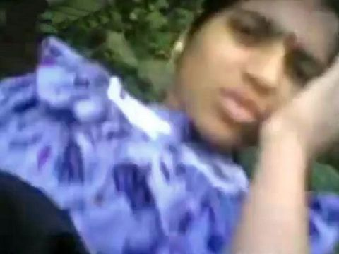 Indian Village Girl Fucks in the Field