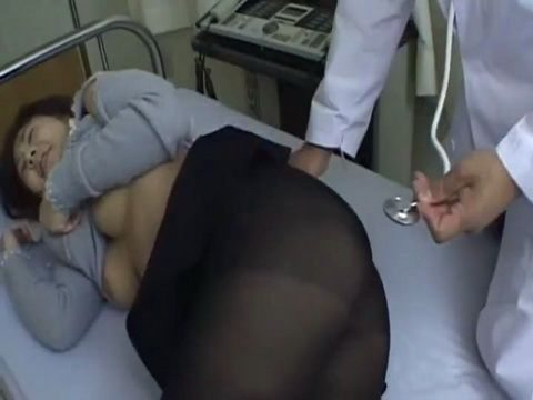 Japanese Woman Fingered and Fucked in the Ass by Gyno Doctor