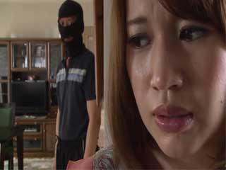 Intruder Walks In Trough Unlocked Door And Swooped Poor Housewife Honda Riko