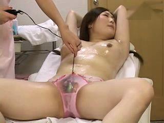Lesbian Massage Beauty Parlor III xLx