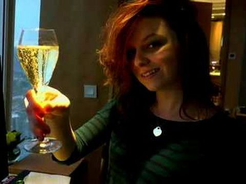 Slutty Teen Gets Creampied In Hotel Room by Her Horny Boyfriend