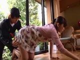 Delivery Guy Couldnt Resist Not To Grab Hot Milf Housewife Ass - Yui Hatano