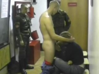 Amateur Girl Fucked By Russian Soldiers In A Barracks