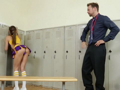 Substitute Teacher Surprised Hot Cheerleader Teen In Locker Room