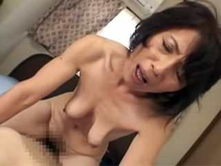Mature With Saggy Boobs Didn't Mind To Be Taped As Long As Get Young Cock Into Hairy Pussy