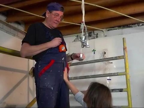 Electrician Grandpa Got Opportunity To Feel Again Wet Teens Pussy