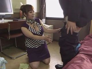 Busty Hostess Ran Niiyama Has To Atone With Handjob Hotel Management Omission