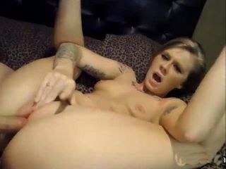 Chick sucks and fucks on cam