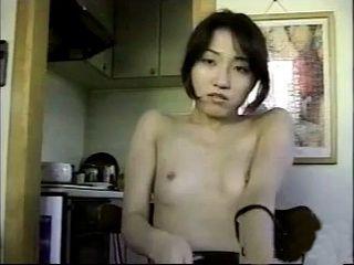 Japanese Cutie Masturbates