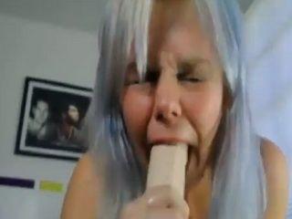 Amazing deepthroat skills from webcam gril