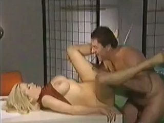 Imprisoned Guy Use Best Way Its Possible 10 Minutes Of Freedom With Hus Busty Blonde Wife