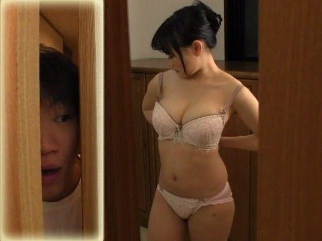 Spy Project of Unbelievable Hot Busty Stepmom Akane Yoshinaga In Bathroom End Up Wonderful