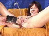 Insertion and Pissing Girl Video