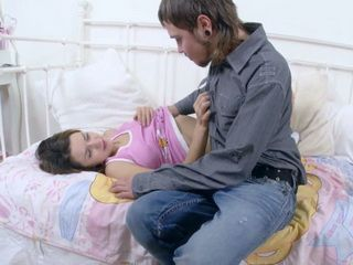 Young Teens Stepbrother And Stepsister Strongly Loging For Each Other