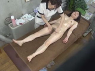 Masseuse Relax Her Client To The Satisfaction