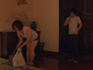 Sons Friend Could Not Resist To Her Friend s Mom Ass So He Fucked Her On A Hallway Of Her House - Kazumi Yanagida