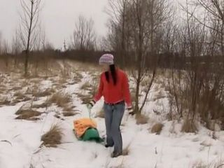 Outdoor Masturbating And Drilling Pussy With Dildo On Snow