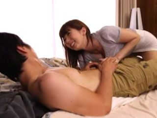 Hot Neighbor Yui Hatano Came To Give Early Bday Present To Guy Next Door
