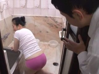 Young Master Is Mad About Mature Cleaning Lady Ass Minako Nakashima