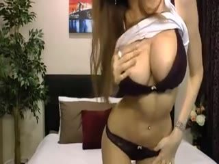 Hottest Webcam Babe Shows Her Nice Tits
