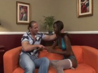 Beautiful Ebony Girl Hydie Heidi Ends Up With Lot Of Cum On Her Face After Giving Extra Oral Pleasure